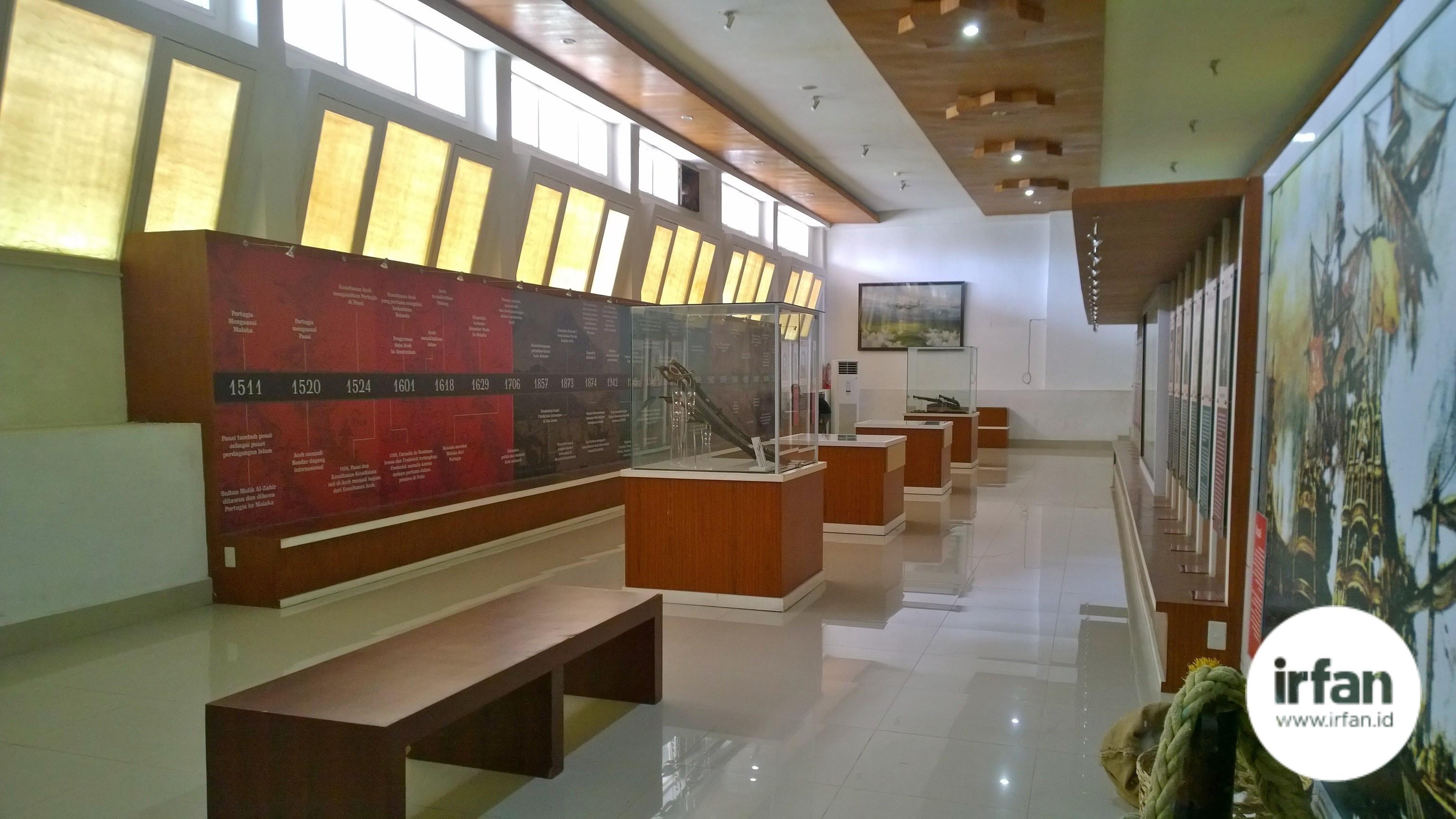 FOTO: Museum Negeri Aceh, Wisata Sejarah Yang Wajib Dikunjungi 14