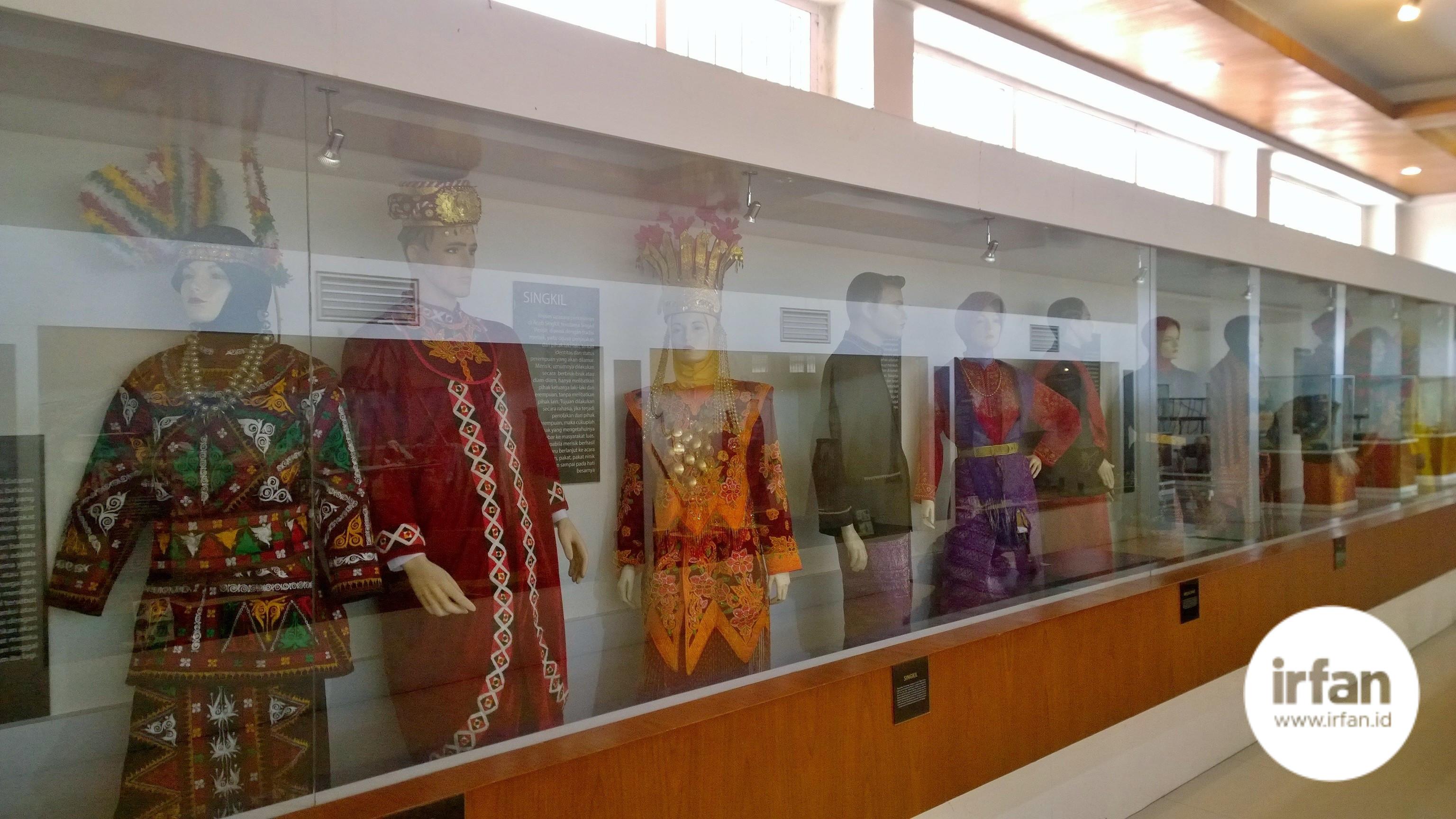 FOTO: Museum Negeri Aceh, Wisata Sejarah Yang Wajib Dikunjungi 24