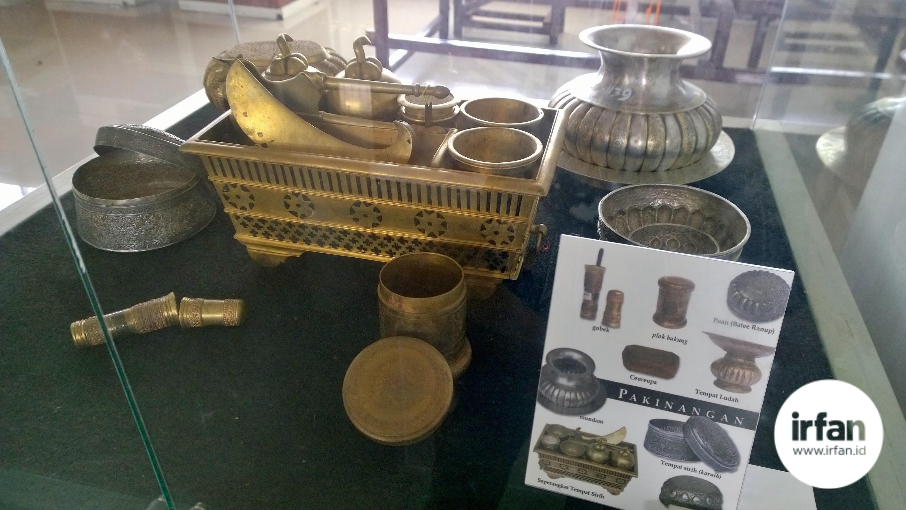 FOTO: Museum Negeri Aceh, Wisata Sejarah Yang Wajib Dikunjungi 28