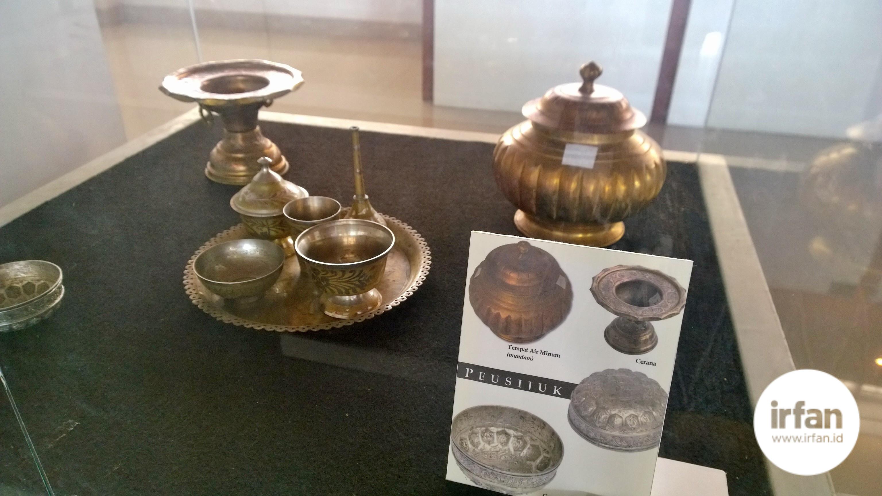 FOTO: Museum Negeri Aceh, Wisata Sejarah Yang Wajib Dikunjungi 29