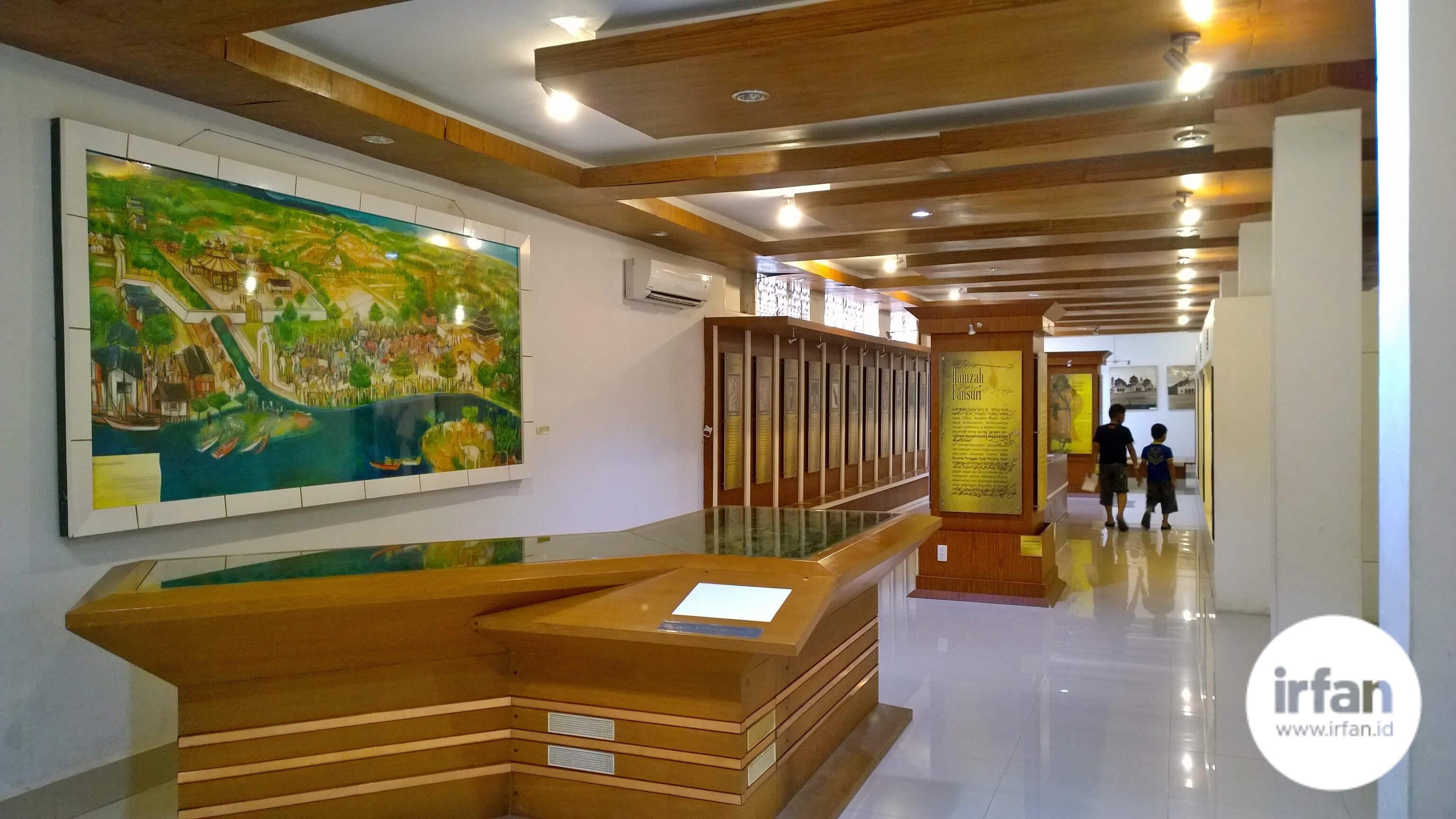 FOTO: Museum Negeri Aceh, Wisata Sejarah Yang Wajib Dikunjungi 5