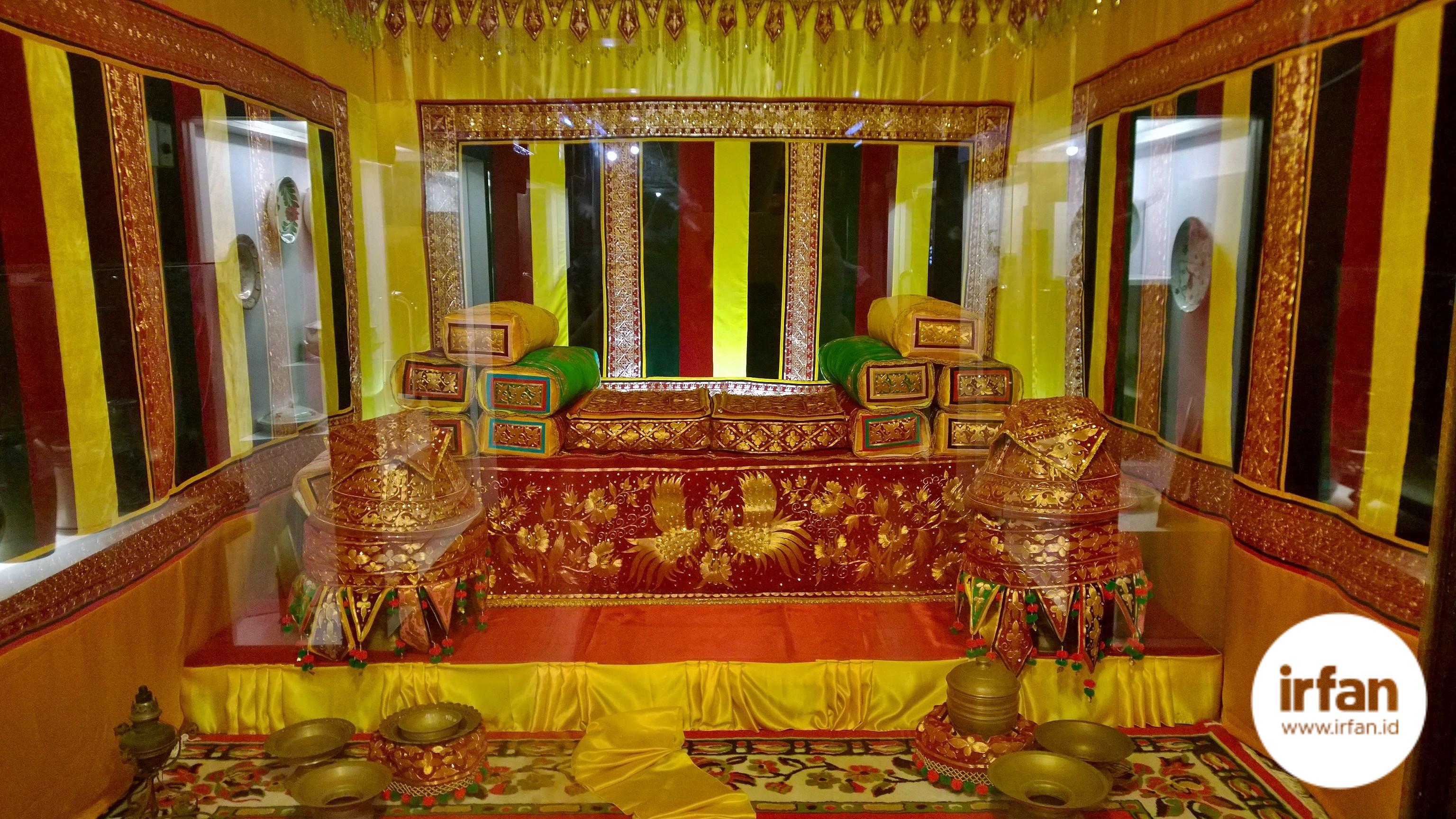 FOTO: Museum Negeri Aceh, Wisata Sejarah Yang Wajib Dikunjungi 50