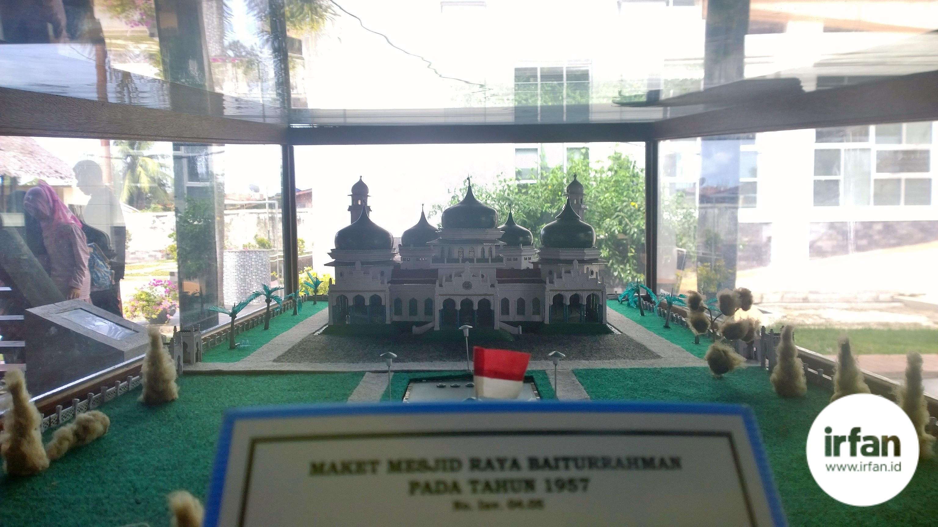 FOTO: Museum Negeri Aceh, Wisata Sejarah Yang Wajib Dikunjungi 53