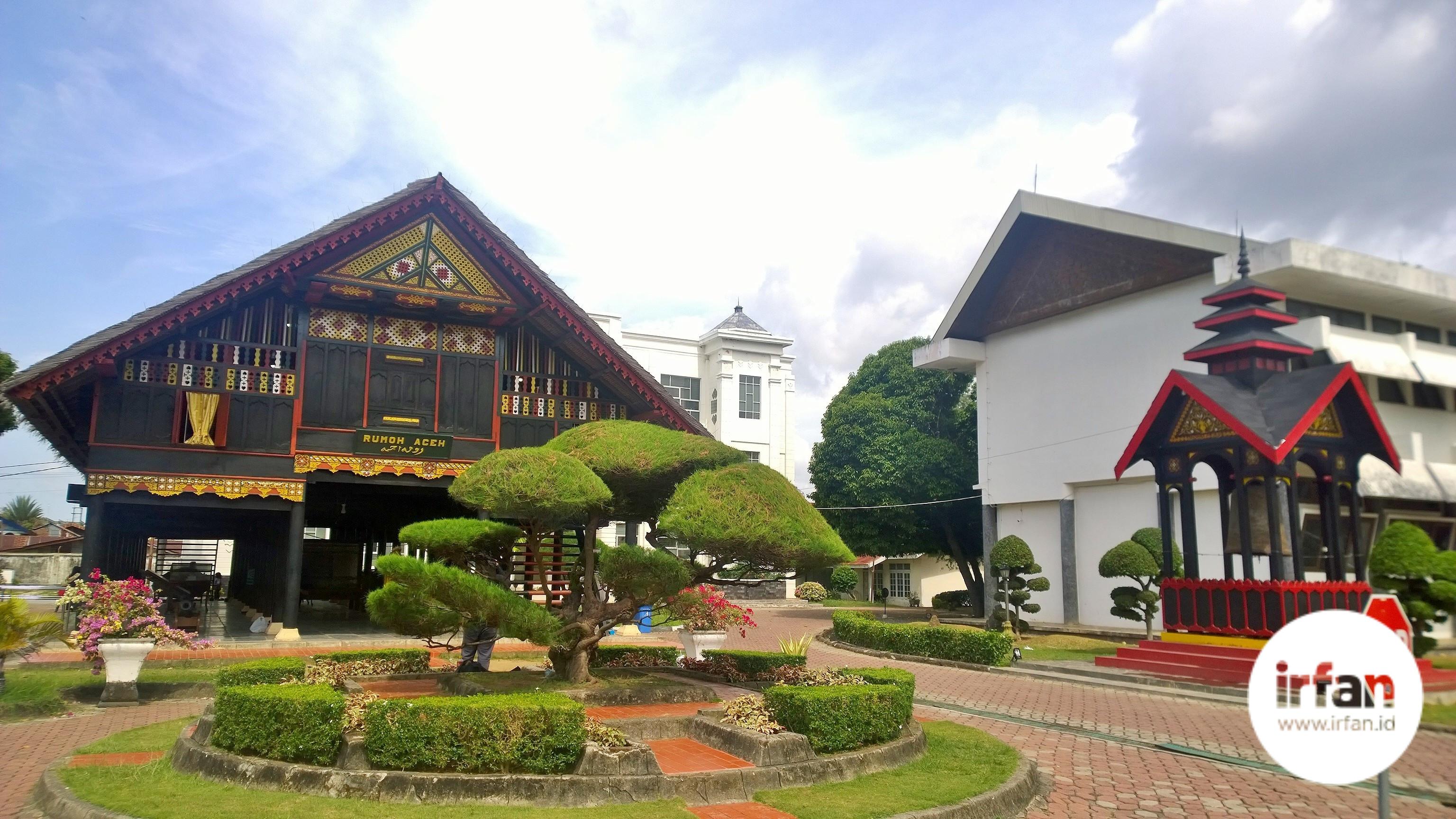 FOTO: Museum Negeri Aceh, Wisata Sejarah Yang Wajib Dikunjungi 36