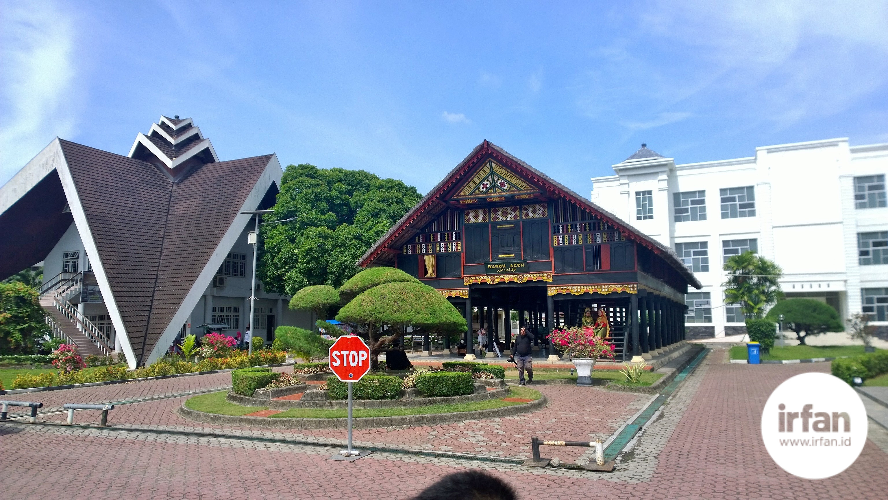 FOTO: Museum Negeri Aceh, Wisata Sejarah Yang Wajib Dikunjungi 37