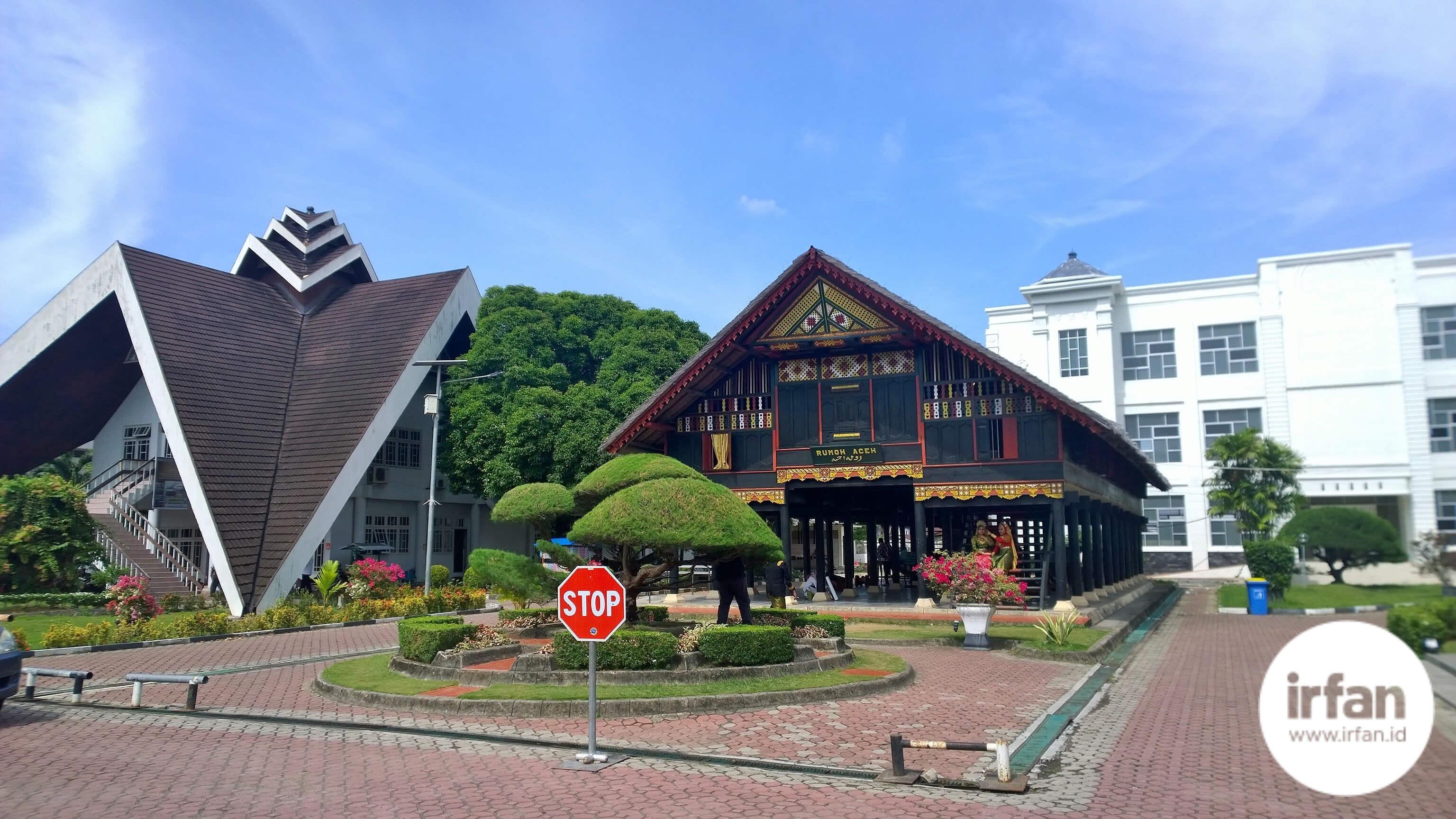 FOTO: Museum Negeri Aceh, Wisata Sejarah Yang Wajib Dikunjungi 34