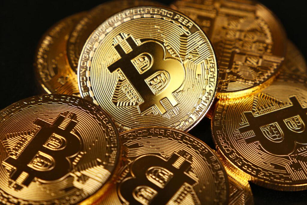 Bitcoin VS saham VS reksadana
